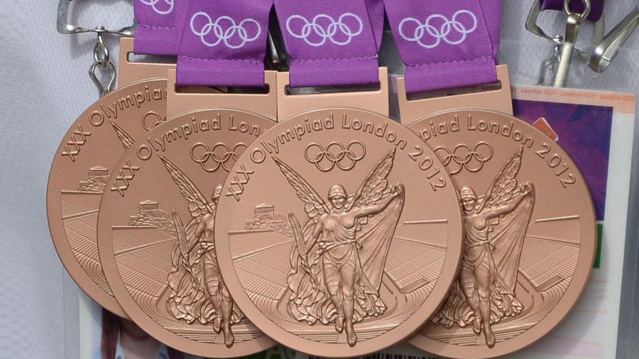 Сколько платят за олимпийские медали в разных странах мира?