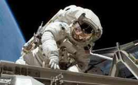 """""""Я больше не буду терять сумки в открытом космосе """", - клянется..."""
